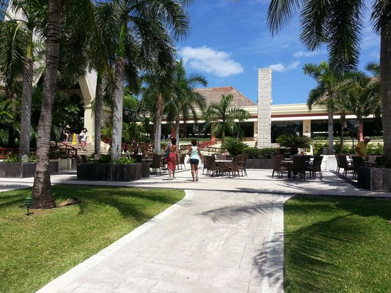 Grand Bahia Principe Coba : Just outside the COBA lobby