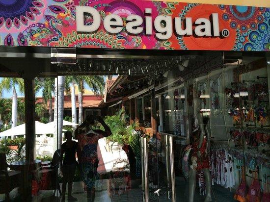 Grand Bahia Principe Punta Cana: Fake Desigual Store