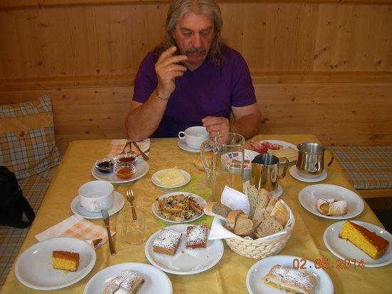 Agritur Le Pergolette: La colazione