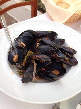 Eva's Garden Restaurant : Mussels