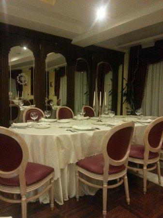Grand Hotel Osman: Sala colazione