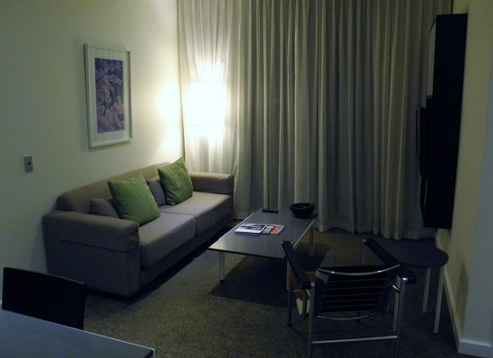 Adina Apartment Hotel Perth: Lounge