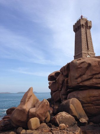 Grand Site Naturel de Ploumanac'h : Phare de Mean Ruz