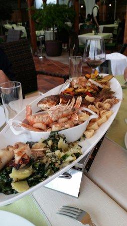 Gostilna Ribic: Рыбное ассорти