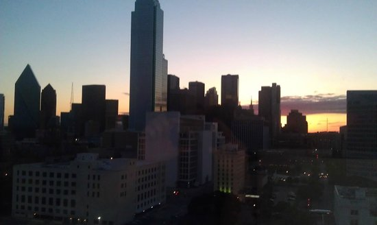 Hyatt Regency Dallas: Morning view from room