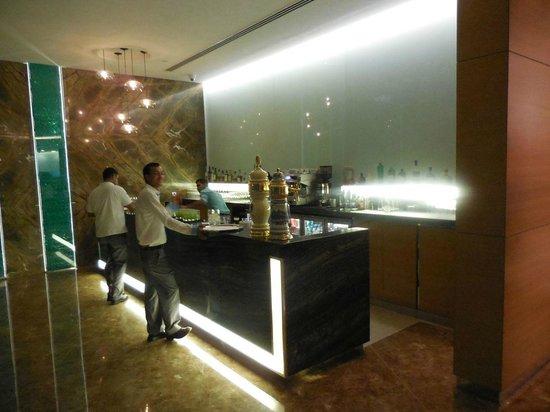 Nahaam : The bar inside