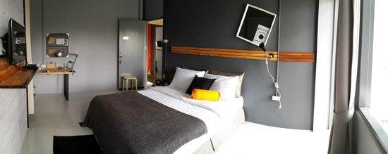 SleepClub Hostel: Chic Room