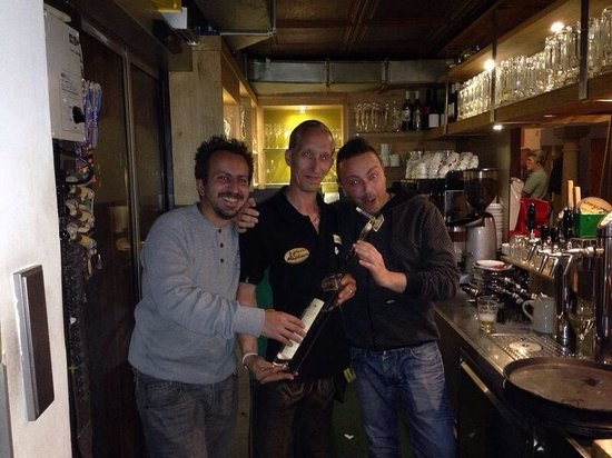 Wia z'haus Lehner: Io il mio socio e il proprietario!