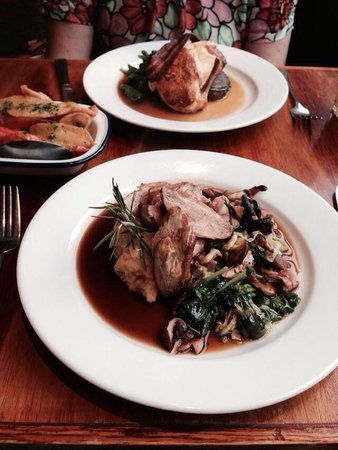 Fanny Trollope's: Chicken and duck mains
