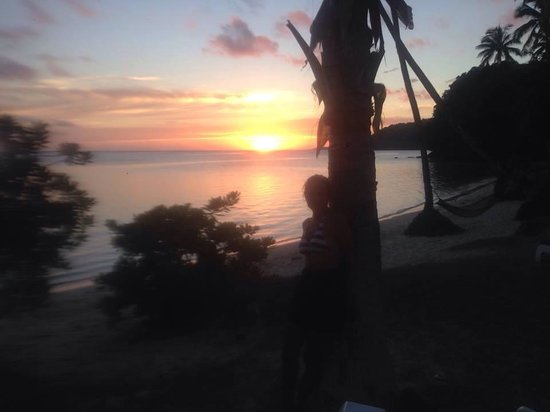 Mango Bay Resort Fiji: The sunset every night