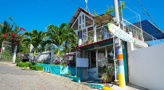 Maracuya Hostel : front view