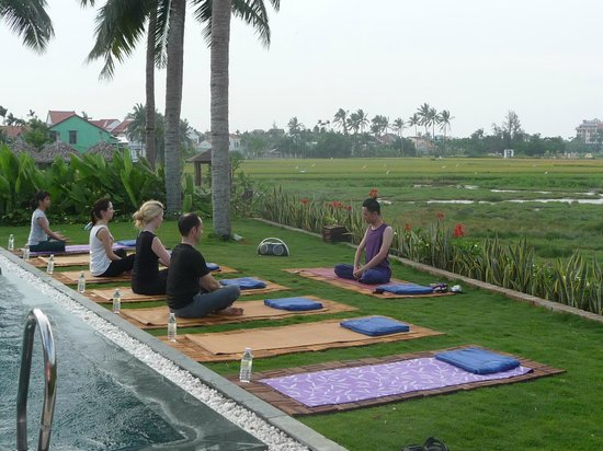 Hoi An Ancient House Village Resort and Spa: Yoga 2