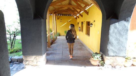San Agustin Monasterio de la Recoleta Hotel: pasillos hoel