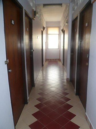 T.T. Guesthouse: Couloir