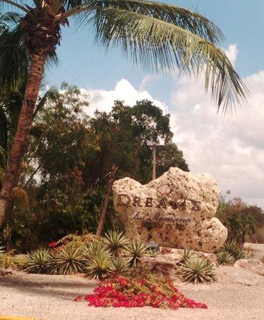 Dreams La Romana Resort & Spa : Entrance