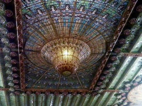 Palais de la Musique Catalane (Palau de la Musica Catalana) : THAT ceiling