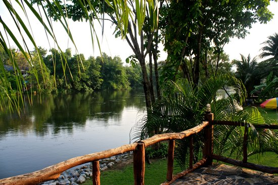 Xanadu  2008: La rivière au fond du jardin