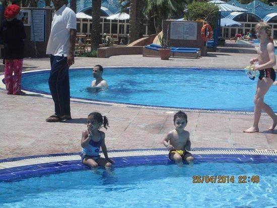 Triton Empire Beach Resort: maya & mohamed