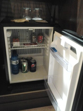 Husa Imperial Tarraco : Mini Bar