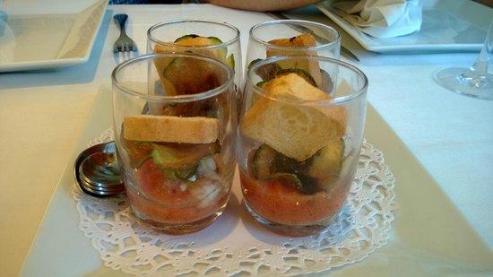 Restaurante Amar : Aperitivo: tartar de salmón