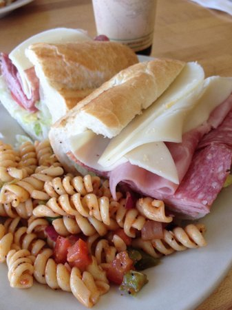 Lascari's Whittier Deli