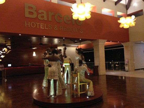 Barcelo Bavaro Beach - Adults Only : Área hotel