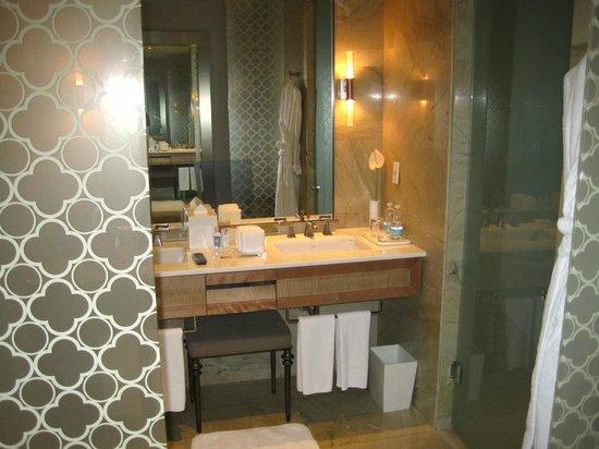 The St. Regis Mexico City: Bathroom