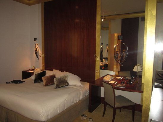 Park Hyatt Paris - Vendome: Very comfortable bed