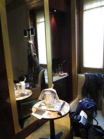 Park Hyatt Paris - Vendome: surprise gift