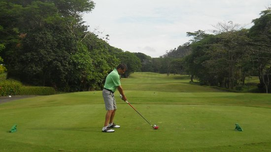 Los Suenos Marriott Ocean & Golf Resort: 8am round of golf. Suggest a 6am as sun rises early in May.