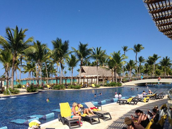 Barcelo Bavaro Beach - Adults Only : Piscina Deluxe Palace