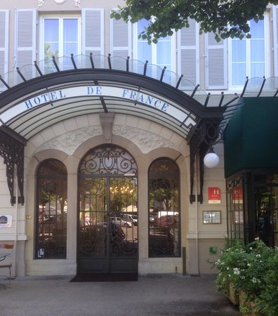 Best Western Hotel De France: Entrance to the hotel
