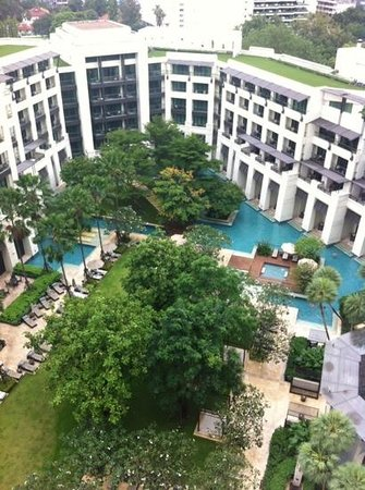 Siam Kempinski Hotel Bangkok : view from room