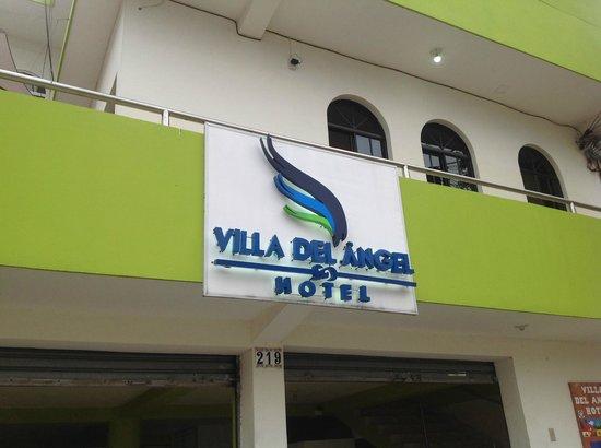 Villa del Angel Hotel : Such a beautiful yet attractive sign!
