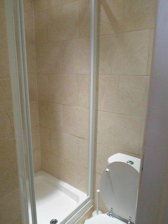 Earls Court Studios: Ванная