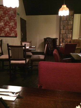 Annies : Upstairs Seating
