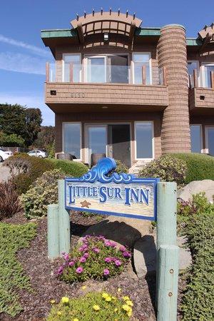 Little Sur Inn: Room 22 on the corner