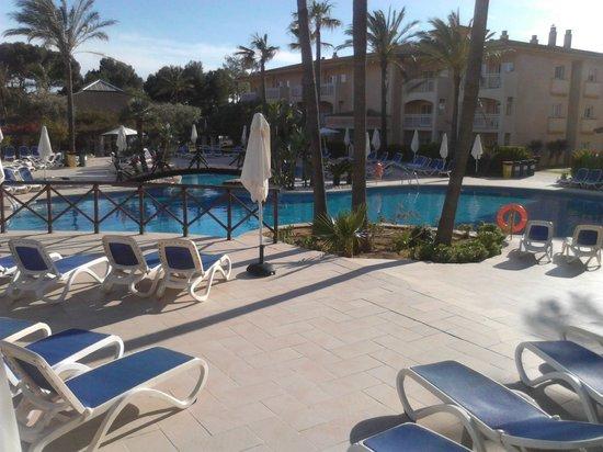 Aparthotel Playa Mar & Spa: Pool area