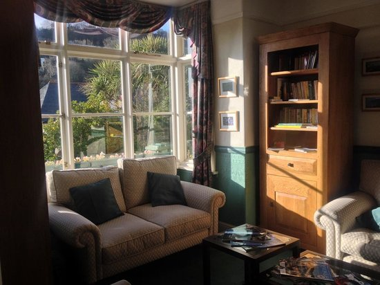 Lee House: Part of sunny Front Room for guests
