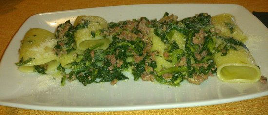 Osteria n. 1: Broccoletti e salsiccia