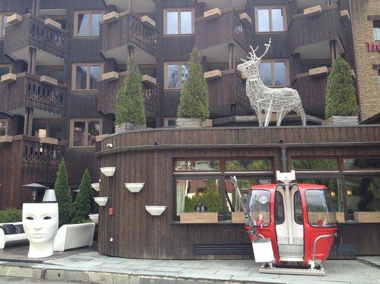 Mercure Chamonix Centre Hotel : façade de l'hotel Mercure Chamonix Centre