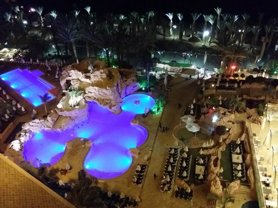 Dan Eilat : Night view from the room