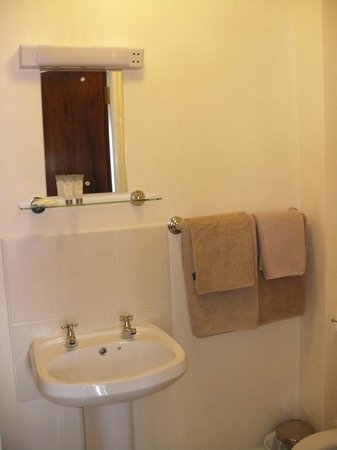 Arch House B&B & Apartments: Secondo bagno