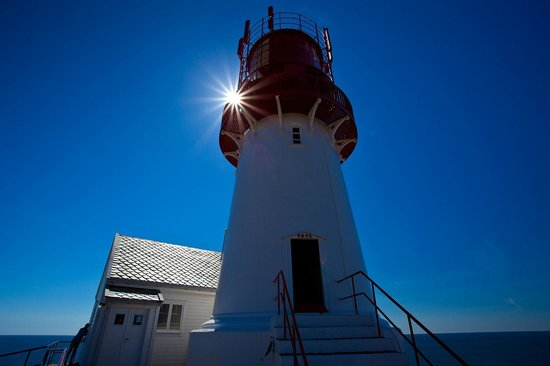 Lindesnes Fyr : Lindesnes Lighthouse is a well-preserved and interesting cultural attraction -tunliweb.no
