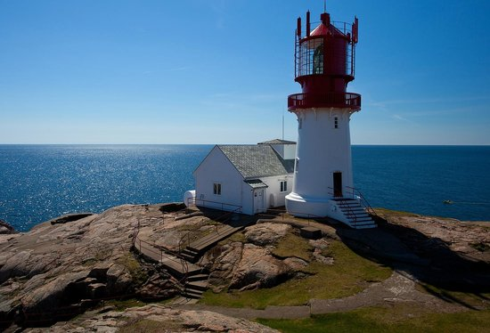 Lindesnes Fyr : The view is absolutely breath taking in nice weather! - tunliweb.no