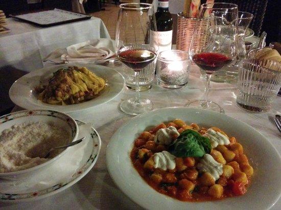 Ristorante al Gondoliere: Gnochetti + tagliatelles
