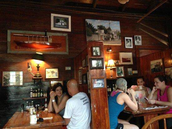Pepe's Cafe: Ambiente interno