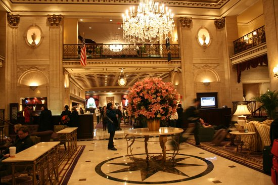 The Roosevelt Hotel: Le Hall