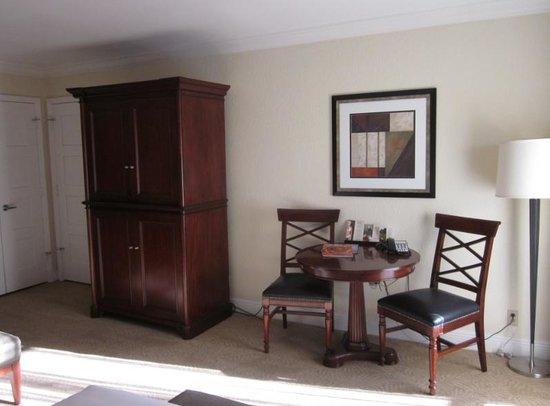 Bonaventure Resort & Spa: Desk