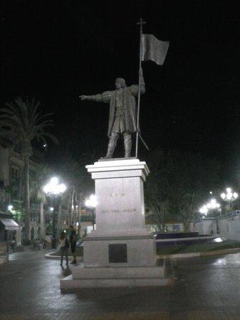 Monumento a Colón: Colón